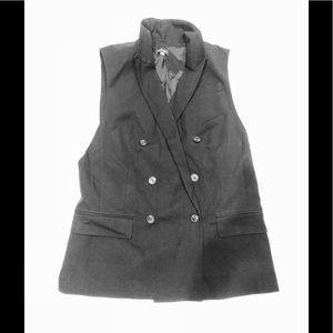 🤳 Lord&taylor Black elegant vest deep side cut M